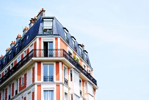 Anlita plåtslagare till bostadsrättsföreningen i Växjö