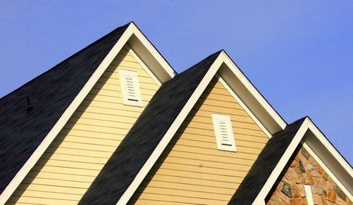Byt tak till ditt hus i Växjö